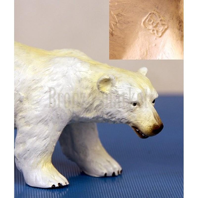 Скульптура Белый мишка