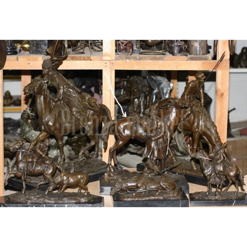 Скульптура Прощание казака с казачкой у лошади